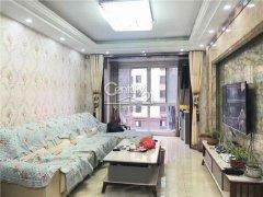 邻近万达紧靠吾悦和福溪枫苑豪华装修采光良好三居室