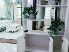 铁建国际精装两房,家电齐全。温馨漂亮!带发财廊随时看房