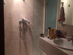 银泰城 公寓 精装修 拎包入住1400/月包物业费押一付三