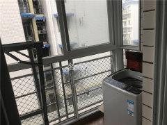 王河小区 精装房  带全套家具家电 拎包入住 600一月