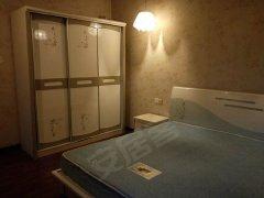 新广场电梯精装1室1厅1厨1卫