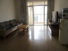 戛纳小镇环境优美两室两厅带家具及部分家电只租2300元月