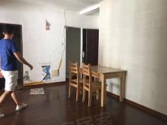 镇海路中华城旁边电梯2房1厅租3300元可短租