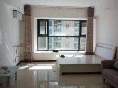 恒大城公寓20层一室空调洗衣机冰箱电视沙发衣柜1500元
