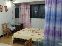 江城世家 精装修,两居室,家电齐全  1500元 包物业