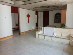 海昌路 精装三房1500元一个月 家具齐全