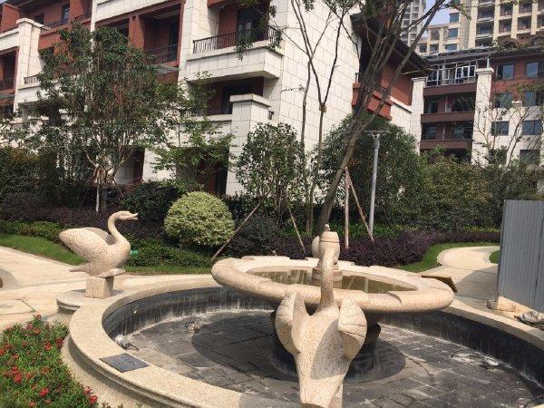 楚天都市沁园户型图实景图片