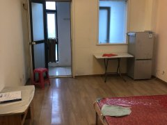 宝龙公寓  拎包入住   看房方便