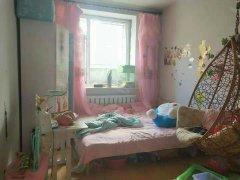 二三小区,两室一厅,押一付一,照片真实