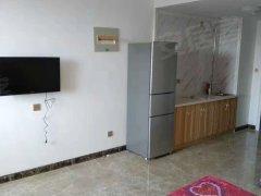 急租!个人房无费用+包暖包物业+精装修+800每个月免费看房
