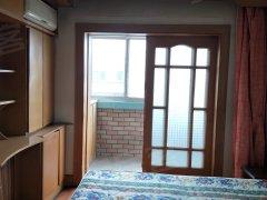 泗水道人人乐 玉峰花园 南向两室一厅80平米