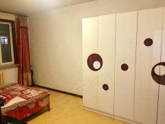 草原小区1室-1厅-1卫整租