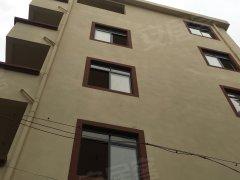 银海区一小旁整栋私人楼出租 可做午托 可做培 训班 可改多房