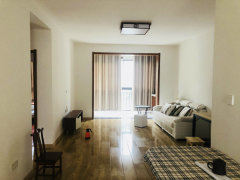 湾里一中附近翠谷康庭两房精装修出租,看房方便,房东诚心。