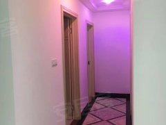 3室2厅户型蛮大的阳光明亮