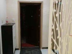 双语学校旁边电梯两居室精装修拎包入住