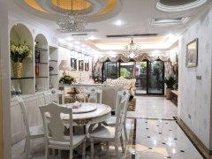 国际公馆香榭里 欧式豪装别墅 带60平花园 带车位急租