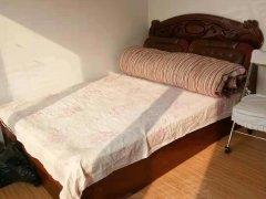 真爱一室一厅,中间楼层,简单干净
