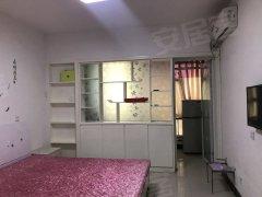 郦都新出标间,精装,家具家电齐全,随时拎包入住。价位便宜