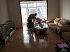 世纪大道北槐村口 世纪锦城 大两室有家具部分家电急租 有钥匙