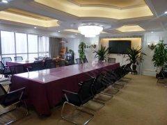 CBD奥园国际公寓 全新会所装修 朝湖观景南北通透 地铁口