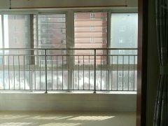 亚机新区带车库 拎包入住 2室2厅1卫