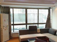 长峰怡安苑住人一楼西边户落地窗,大两室,繁华方便拎包入住