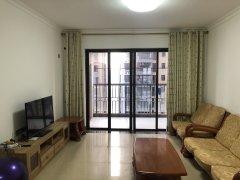 光明三房,年底业主诚心急租,居家更适合,温馨舒适,好位置