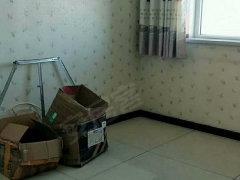 开发区卫星路金阳卫星花园合租卧室出租一楼精装房子干净限女生