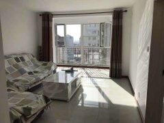 柳港园A区21层105平米月租1800包费年付家具齐全