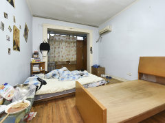 中电小区 品质装修公寓 户型好 南北通透 家具家私齐全
