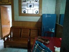 纺织厂南宿舍3楼家具床空调热水器天然气价格便宜随时看房。