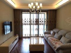 仁恒棠悦湾精装2房,小区配套成熟,全新家具家电,随时看房!!