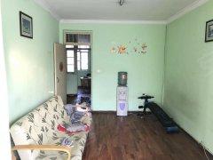 工人新村 标准2房 清爽装修 4楼的 随时看房