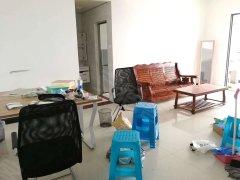 学生街滨海嘉年华B1区,2房75平方电梯高层,厅大可办公