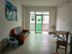 教室二村 21房拎包入住仅租1300元 随时方便看房近地铁