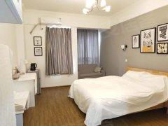英郡年华温馨公寓,干净舒适,只租1700每月,哇,还不赶紧约