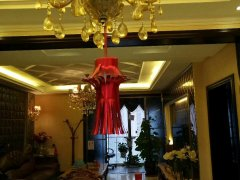 豪华装修大三房 每个房间带地暖 直接拎包入住 诚心出租