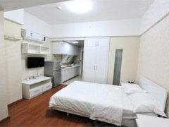 屋内设施齐全 拎包入住  大面积 正规一室 就这一套