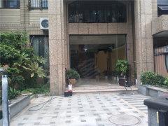 湖里区政府旁 别墅房6房 南北通透 带花园 居家办公都可以