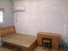 龙湖春天二期4室-0厅-1卫合租