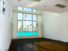 国贸顶复,客厅高6米,视野好看国贸,空房出租,价格可议 景观