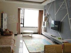 正地铁口两室两厅 停车方便户型好房子干净 业主诚心出租