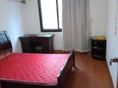 二体校宿舍 环境优美 精装修两房