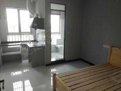 兴山小区1室-1厅-1卫合租