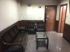 盘福路 低层两房 家电齐全 生活方便 近地铁站