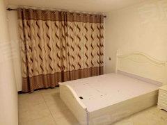 荣华小区4室-2厅-2卫整租