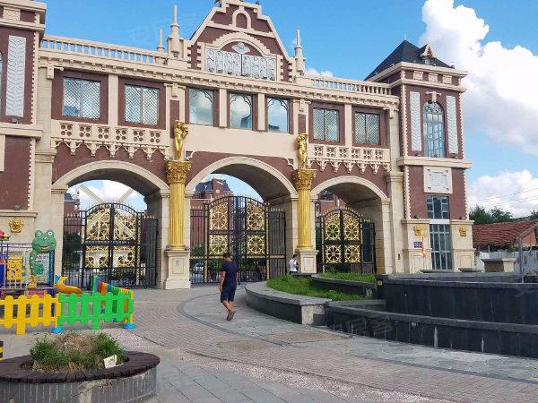荷兰小镇户型图实景图片