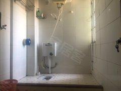 翔鹭花城三期,公交车站长浩站,超大厨房卫生间,看房有锁!