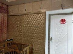 新市区喀什路粮校市场 2室首 次出租南北通透拎包入住随时看房